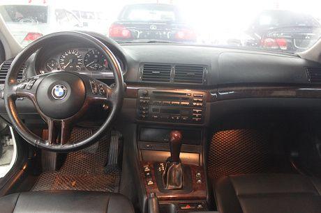 03~BMW 寶馬 3系列 318 照片2