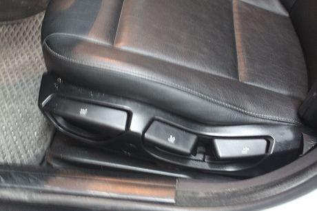 03~BMW 寶馬 3系列 318 照片6