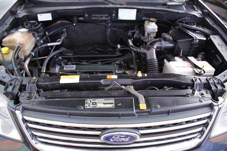 05~Ford 福特 Escape 照片9