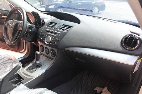 Mazda 馬自達 3S 2.5 照片4