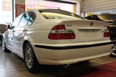 BMW 寶馬 3系列 318  照片8