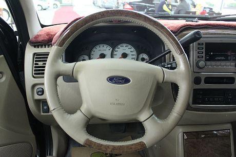 05~Ford 福特 Escape 照片5