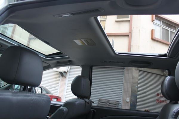 Toyota豐田 Previa  照片7