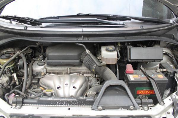 Toyota豐田 Previa  照片9