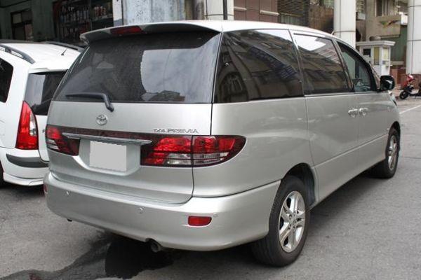 Toyota豐田 Previa  照片10