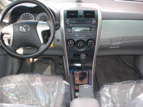 Toyota豐田 Altis  照片2