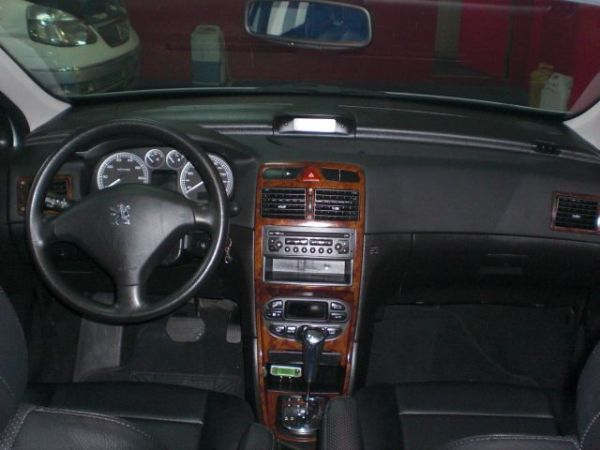 Peugeot 寶獅 307  照片3