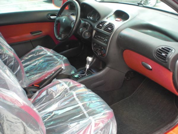 Peugeot 寶獅 206  照片3
