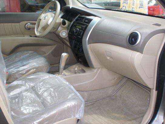 Nissan 日產 Livina  照片4