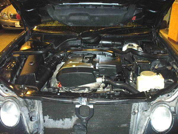 97年 Benz/朋馳 E230 2.3 照片6