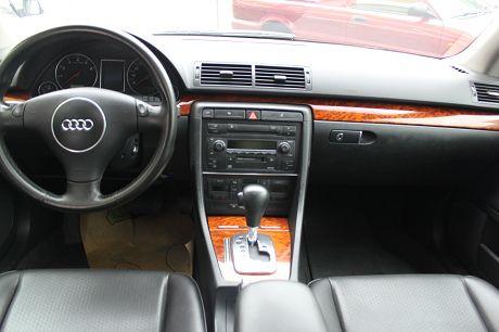 Audi 奧迪 A4 1.8T  照片3