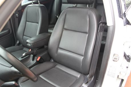 Audi 奧迪 A4 1.8T  照片5