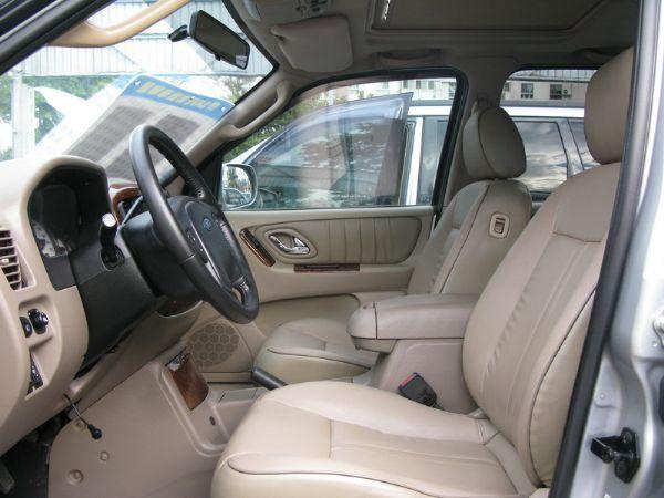 運通汽車-2004年-福特-Escape 照片3