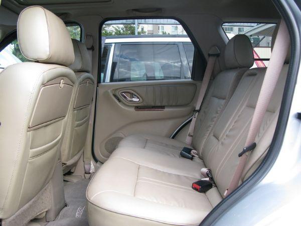 運通汽車-2004年-福特-Escape 照片4