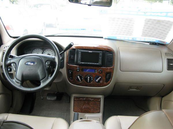 運通汽車-2004年-福特-Escape 照片5