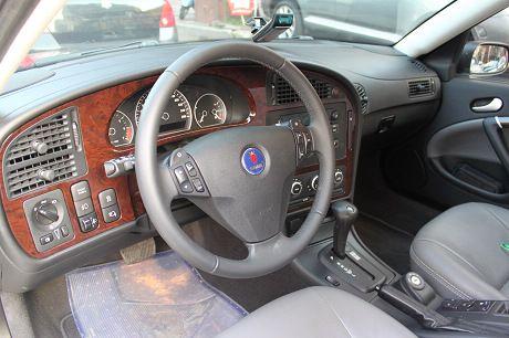Saab 紳寶 9-5  照片2