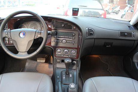 Saab 紳寶 9-5  照片3