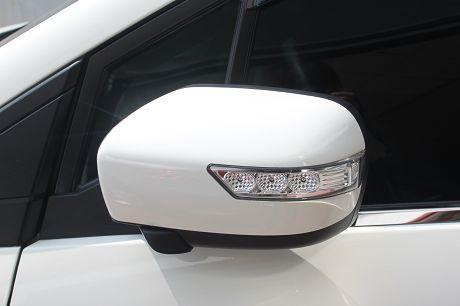 Mazda 馬自達 5 照片9