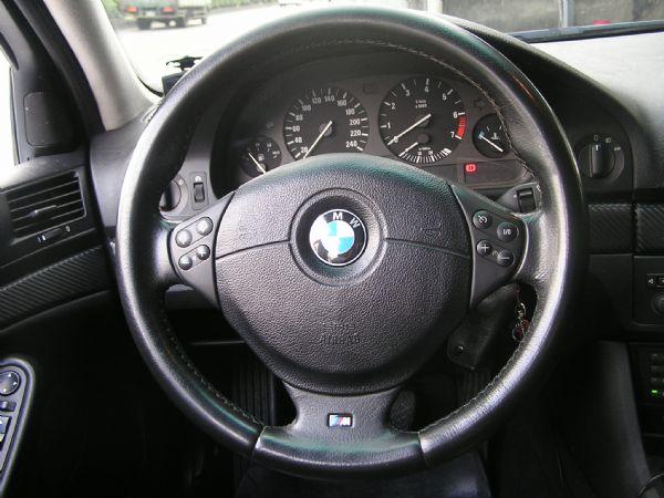 BMW-525I 照片5