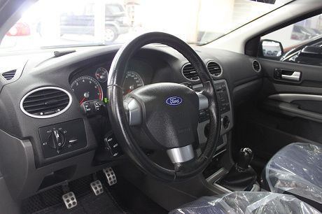 Ford 福特 Focus  照片2