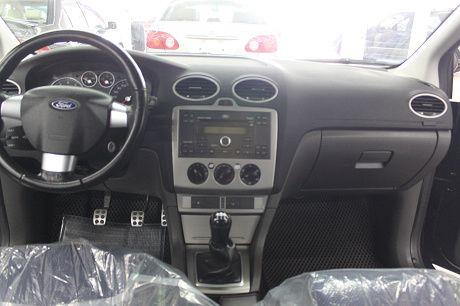 Ford 福特 Focus 2.0 照片3