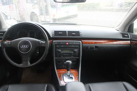 Audi 奧迪A4 1.8T 照片2