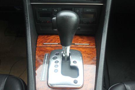 Audi 奧迪A4 1.8T 照片7