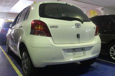 Toyota豐田 Yaris  照片9