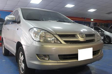 Toyota豐田 Innova  照片1