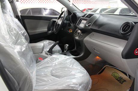 Toyota豐田 RAV4  照片4