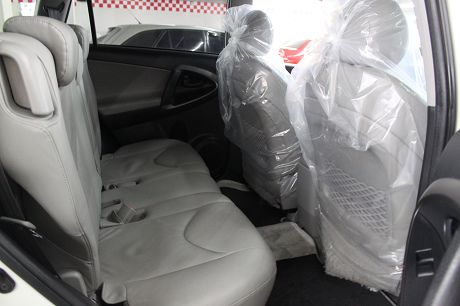 Toyota豐田 RAV4  照片6