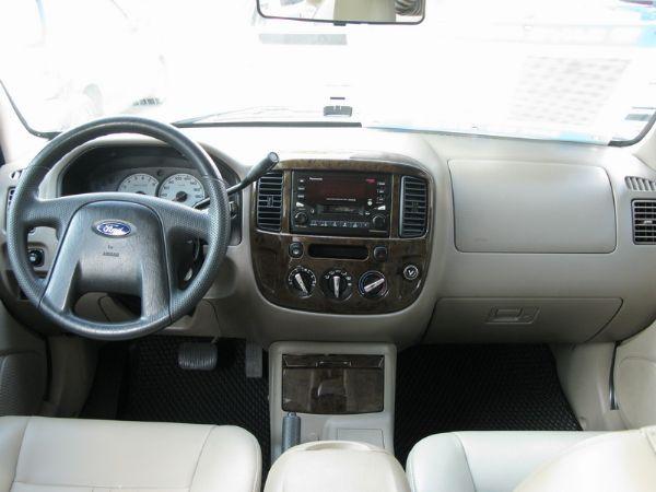 運通汽車-2003年-福特-Escape 照片5