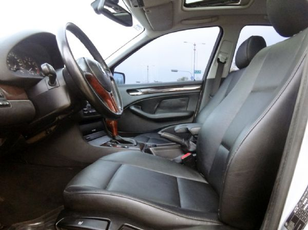 《永立汽車》01 BMW 318 天窗 照片5