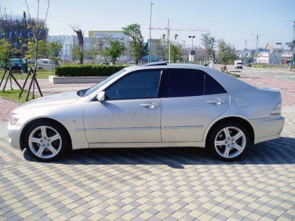 《永立汽車》01 Lexus IS200 照片10