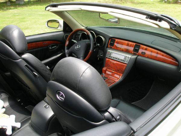 Lexus 凌志 SC 430 銀 照片2