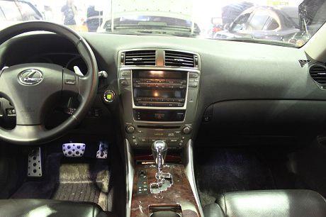 Lexus 凌志 IS 250  照片2