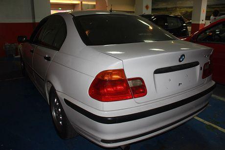 BMW 寶馬 3系列 318 照片9
