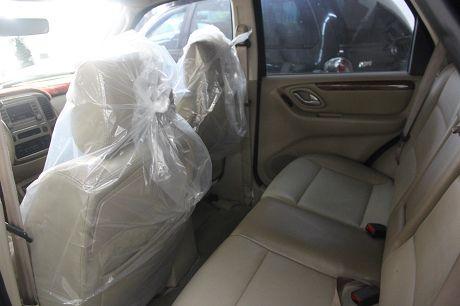 Ford 福特Escape中古車.二手車 照片4