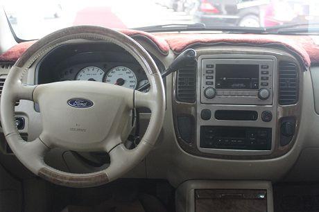 Ford 福特Escape中古車.二手車 照片6