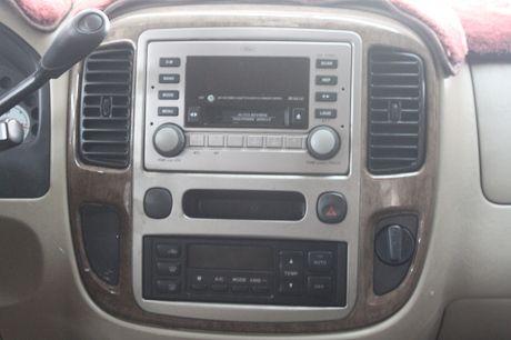 Ford 福特Escape中古車.二手車 照片7