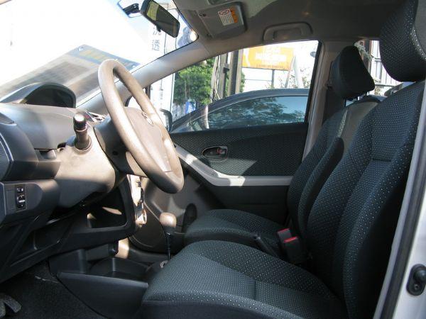 運通汽車-2009年-豐田-Yaris 照片3