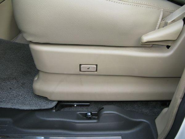 運通汽車-2009年-日產-QRV 照片6