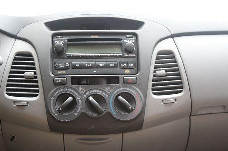 2009年Toyota豐田 Innova 照片5