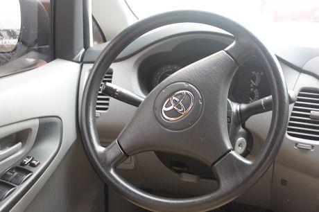 2009年Toyota豐田 Innova 照片6