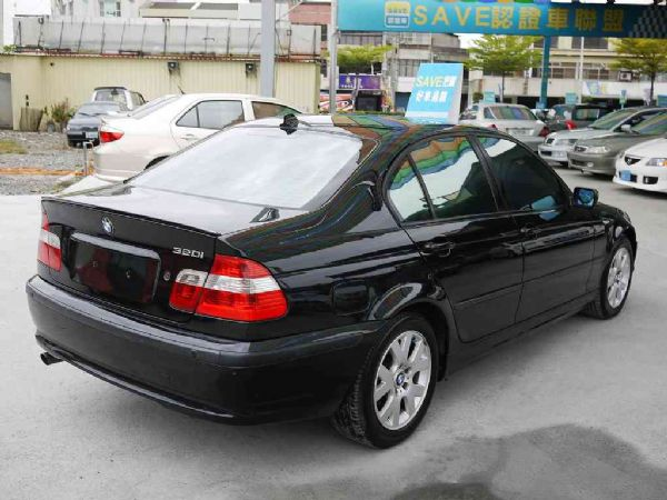 BMW 318I 02年 2.0黑 照片2