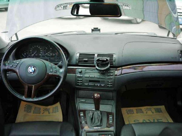 BMW 318I 02年 2.0黑 照片3
