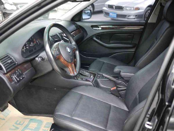 BMW 318I 02年 2.0黑 照片4