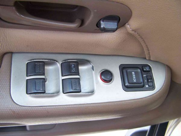 HONDA CR-V 04年 2.0棕 照片9