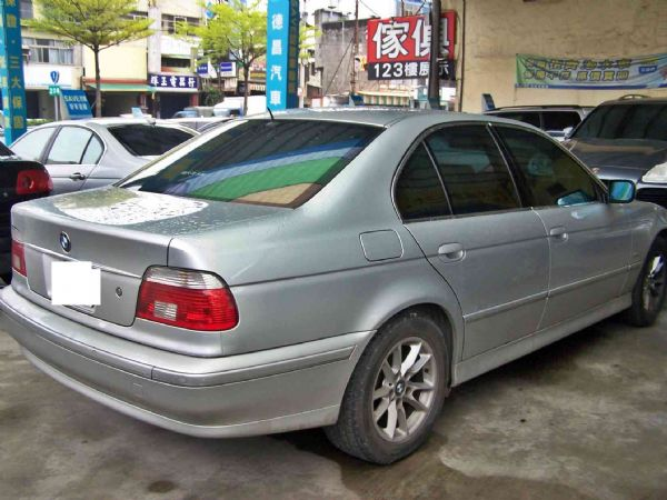 BMW 520 03年 2.2銀 照片2