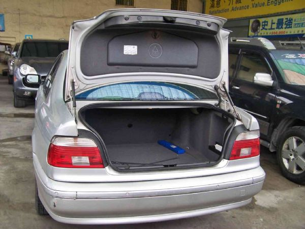 BMW 520 03年 2.2銀 照片7